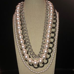 Jewelry - !! NEGOTIABLE!! STATEMENT!!!! NECKLACE!!!!